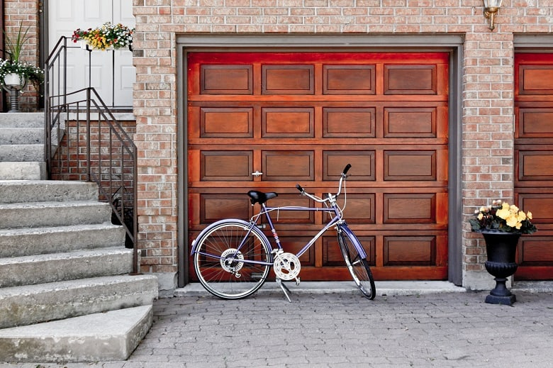 How to Seal a Garage Door from the Inside in 7 Easy Steps